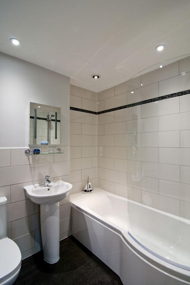 Barn_Owl_bathroom.jpg