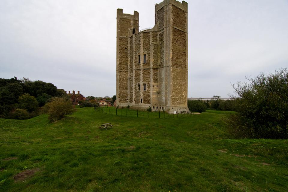 Orford_castle.jpg